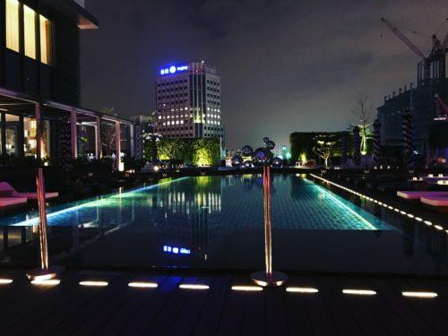 W台北 / 泳池 WOO Bar