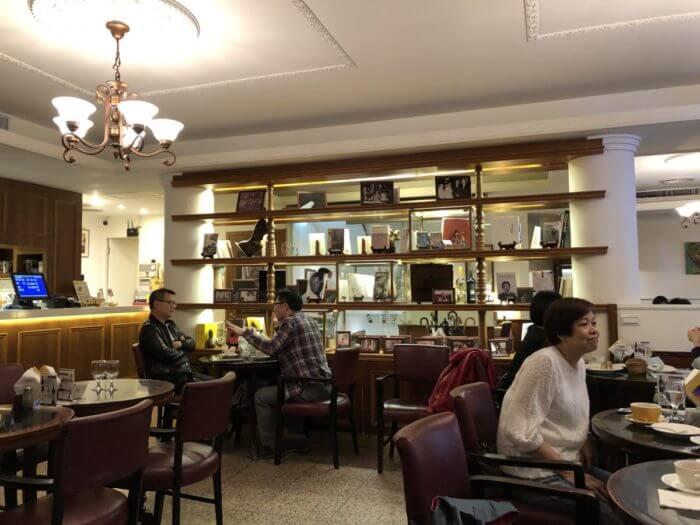 明星 咖啡館
